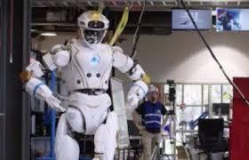 """ناسا تستعرض قدرات روبوت """"فالكيرى"""" قبل إرساله للمريخ"""