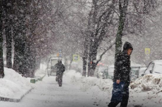 الاردن تعطل الدوام الرسمي بسبب الموجة الثلجية التي ضربت البلاد