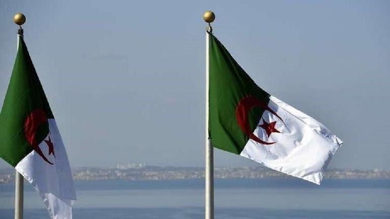 الجزائر .. القبض على اثنين من المسؤولين العسكريين