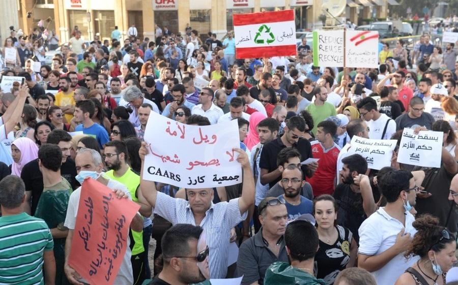 خبير استراتيجي يكشف عن التشابه الجوهري بين تظاهرات العراق ولبنان