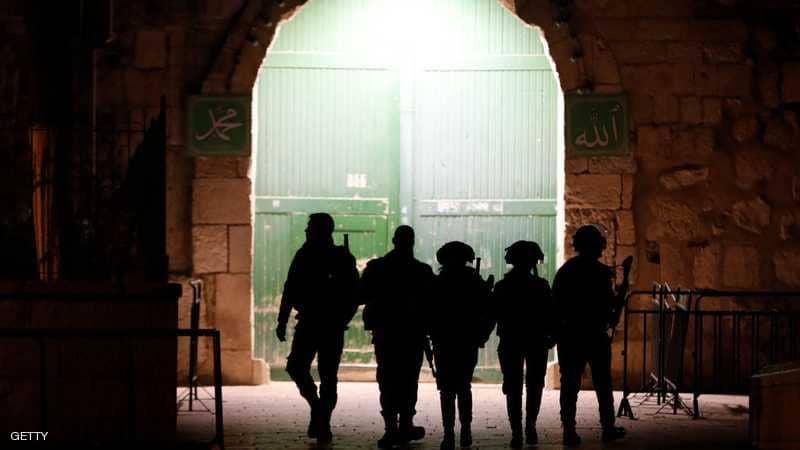 جرحى واعتقالات في اقتحام إسرائيلي للأقصى