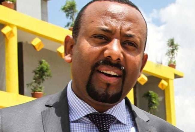 بعد نزاع دموي .. إريتريا تبحث مع إثيوبيا خطوات السلام