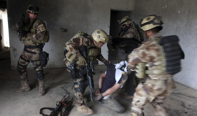 القاء القبض على ثمانية من قيادي داعش الإرهابي بينهم مسؤولين كبار