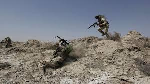 مقتل وإصابة خمسة جنود من الجيش بهجوم مسلح قرب طريبيل