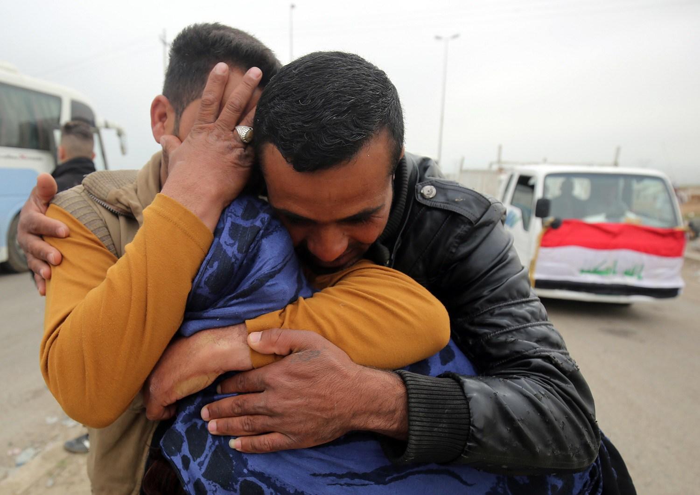 وفاة طفل تحت التعذيب على يد داعش المجرم وتحرير  أطفال محتجزين في أيمن الموصل