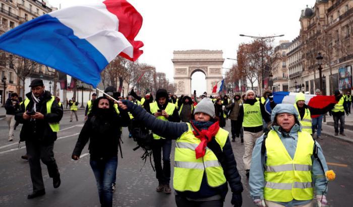 احتجاجات السترات الصفراء تتواصل اليوم للسبت الخامس على التوالي