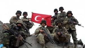 مقتل جندي تركي وإصابة 5 آخرين في هجوم على قاعدة شمال غربي سوريا