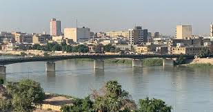 Closure of Al-Ahrar Bridge in central Baghdad with concrete barriers Image
