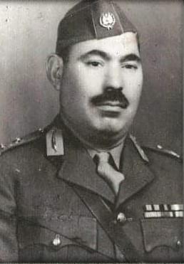 بالوثيقة ..  الرئيس الفلسطيني يمنح لواء عراقي وسام نجمة فلسطين العسكري