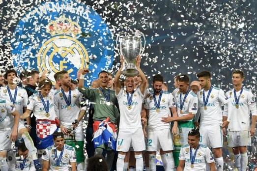 ريال مدريد يُتوّج بدوري أبطال أوروبا للمرة الثالثة على التوالي