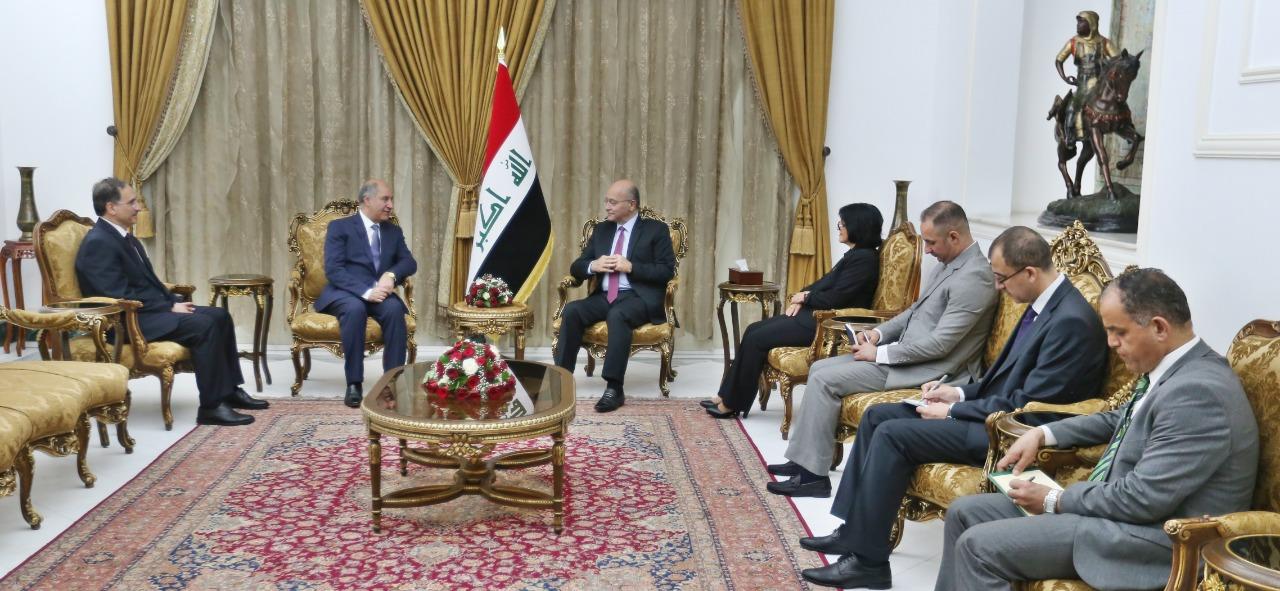رئيس الجمهورية يستقبل سفراء العراق الجدد لدى تركيا والتشيك والامارات