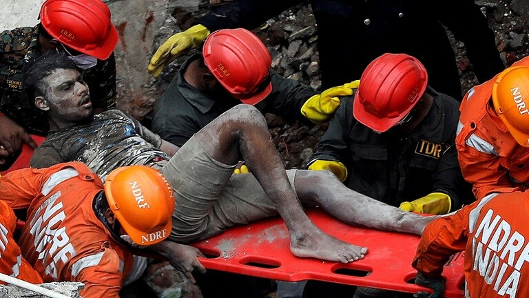 مقتل 10 أشخاص على الأقل في انهيار مبنى غربي الهند