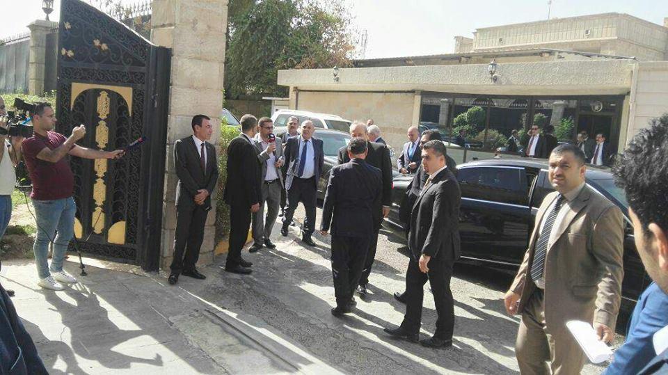 الوفد الكردي يلتقي الرئيس معصوم لدى وصوله بغداد