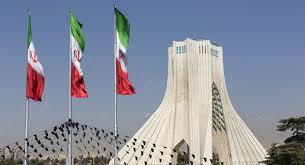 الرئيس الإيراني: رفع أسعار البنزين يصب في صالح الشعب