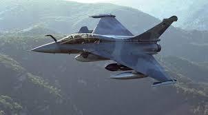 طائرات f16 العراقية تدمر مقرات تابعة لداعش ومركز اعلامى غرب الانبار