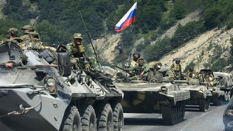 المرصد السوري: قوات روسية تعبر الفرات وتصل إلى مشارف كوباني
