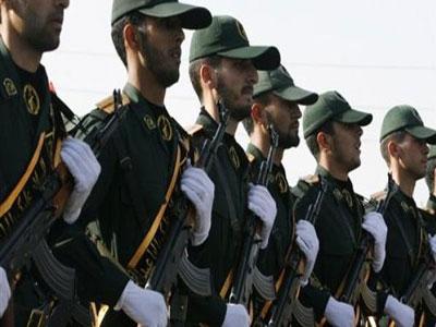 إيران تشيع قياديا في الحرس الثوري قتل خلال معارك بسوريا