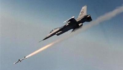 طيران التحالف يقتل سبعة من عناصر داعش داخل عمارة في حي راوة القديمة