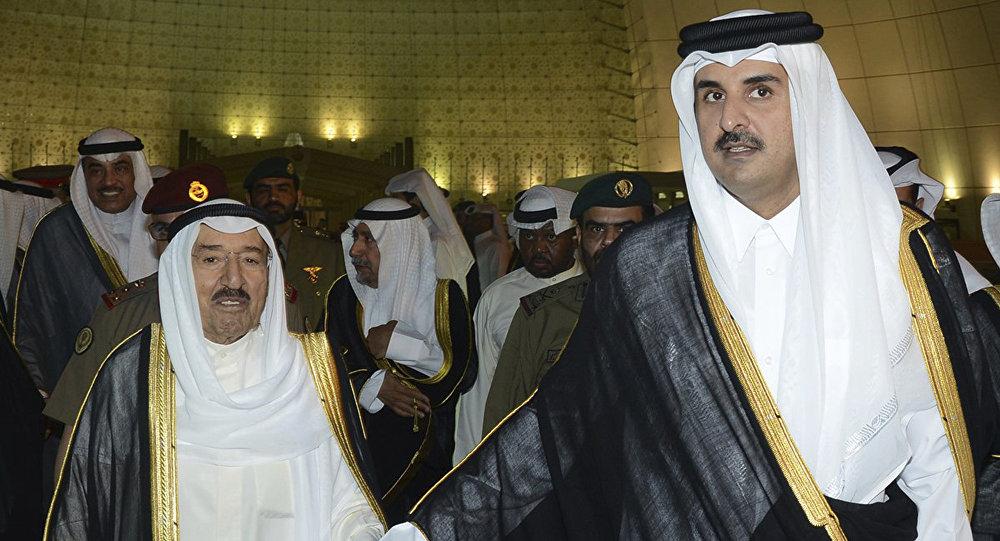 أمير قطر يوجه رسالة إلى أمير الكويت