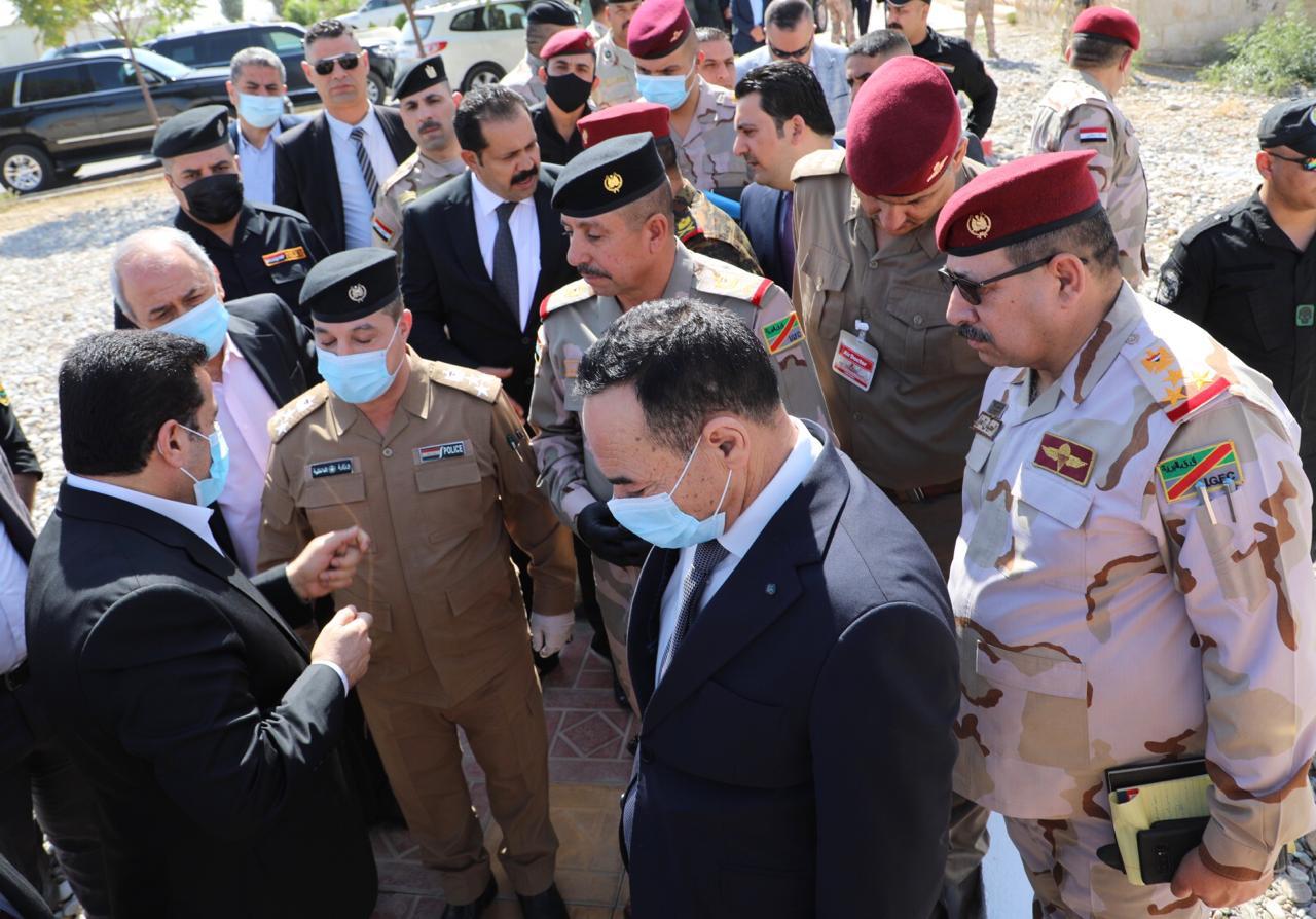 القادة الامنيون في نينوى يطلعون الاعرجي على خطط الاطاحة بالارهابيين