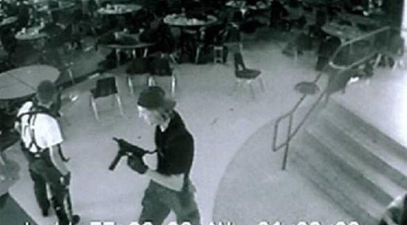 مدينة أمريكية تحيي الذكرى العشرين لمذبحة مدرسة كولومباين