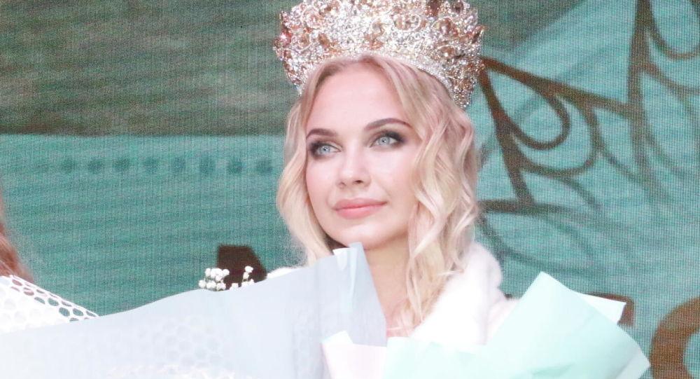بالصورة ..  ملكة جمال القرم لعام