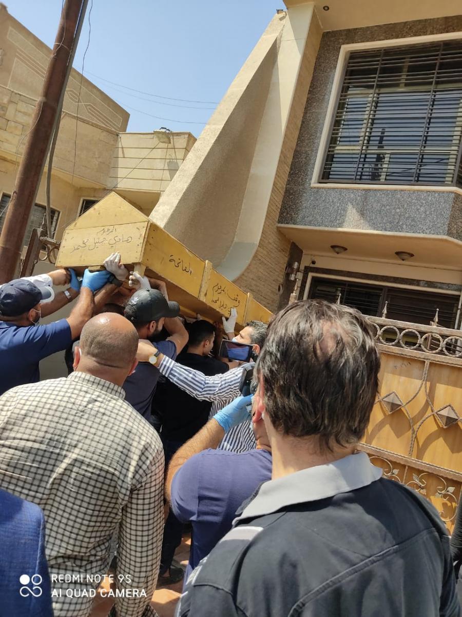 من سرب فيديو القتل لقناة الحدث السعودية خلال دقائق ؟اسرة السني هشام الهاشمي الذي اطلق سراحه صدام بوساطة عزة الدوري تبرأ حزب الله العراقي من اعدامه وتتهم داعش الارهابي