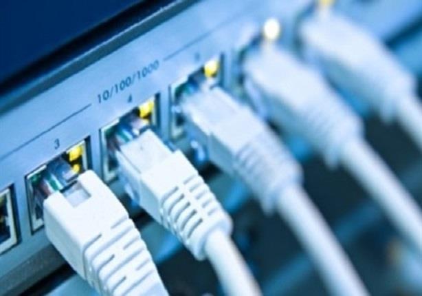بسبب الاحتجاجات ..  قطع خدمة الانترنت في إيران