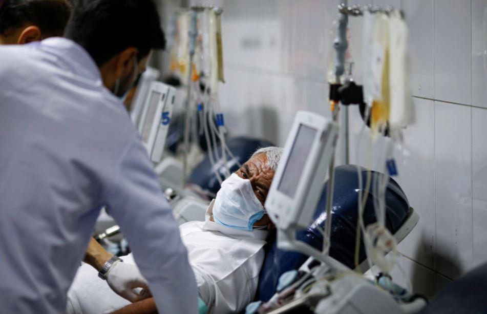 الصحة تسجل 3808 اصابات جديدة بكورونا و65 حالة وفاة