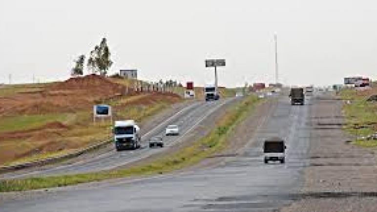 نينوى ..  احالة جسرين وطريق الموصل – بغاد الى العمل