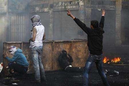 التوتر يتصاعد بين الفلسطينيين قبل زيارة كيري