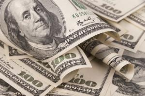 أسعار صرف الدولار تسجل حالة من الاستقرار مقابل الدينار العراقي