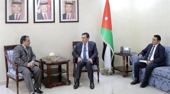 الأردن يطالب إيران بالإفراج عن مواطنيه المحتجزين لدى طهران
