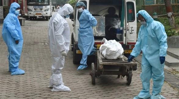 العالم يسجل 960 ألف وفاة و31 مليون إصابة بكورونا