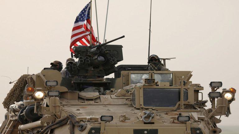 مسؤولان أمريكيان: عدد قليل من قواتنا غادر عين عيسى بشمال سوريا