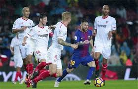 مواجهة مرتقبة بين برشلونة واشبيلية بكأس السوبر الإسباني