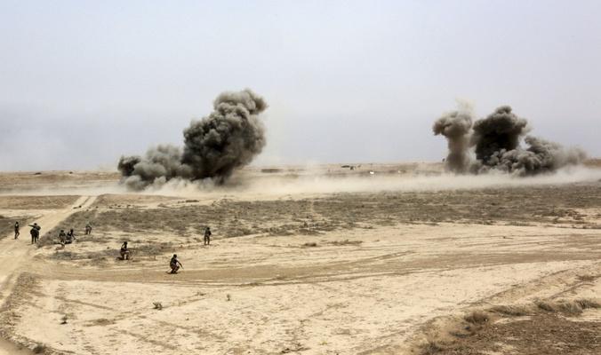 """مقتل ثلاثة عناصر من """"داعش"""" إثناء محاولتهم إنشاء كمين مفخخ"""