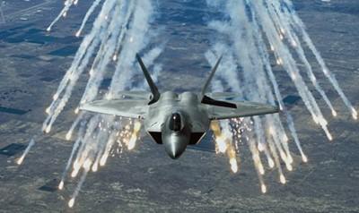 مقتل 18 عنصرا من داعش في ضربة جوية لطائرات التحالف في الانبار