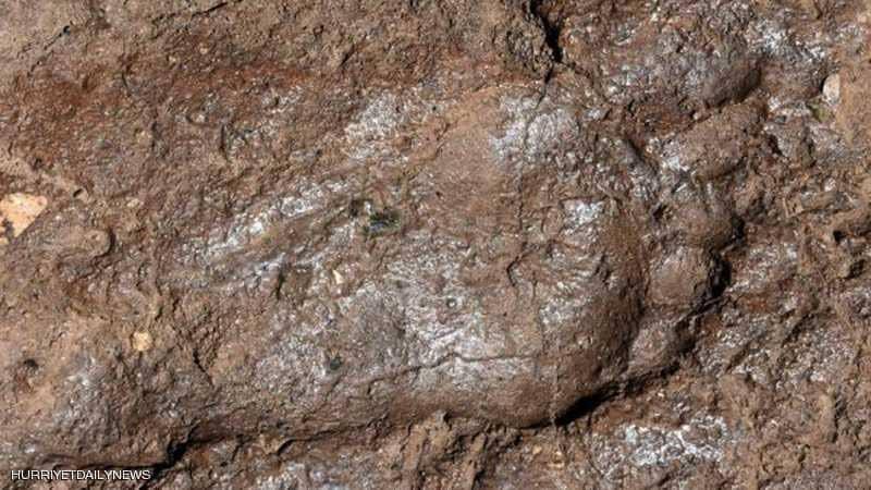 """اكتشاف أثر قدم قديمة في قلعة """"فان"""" في شرق تركيا"""