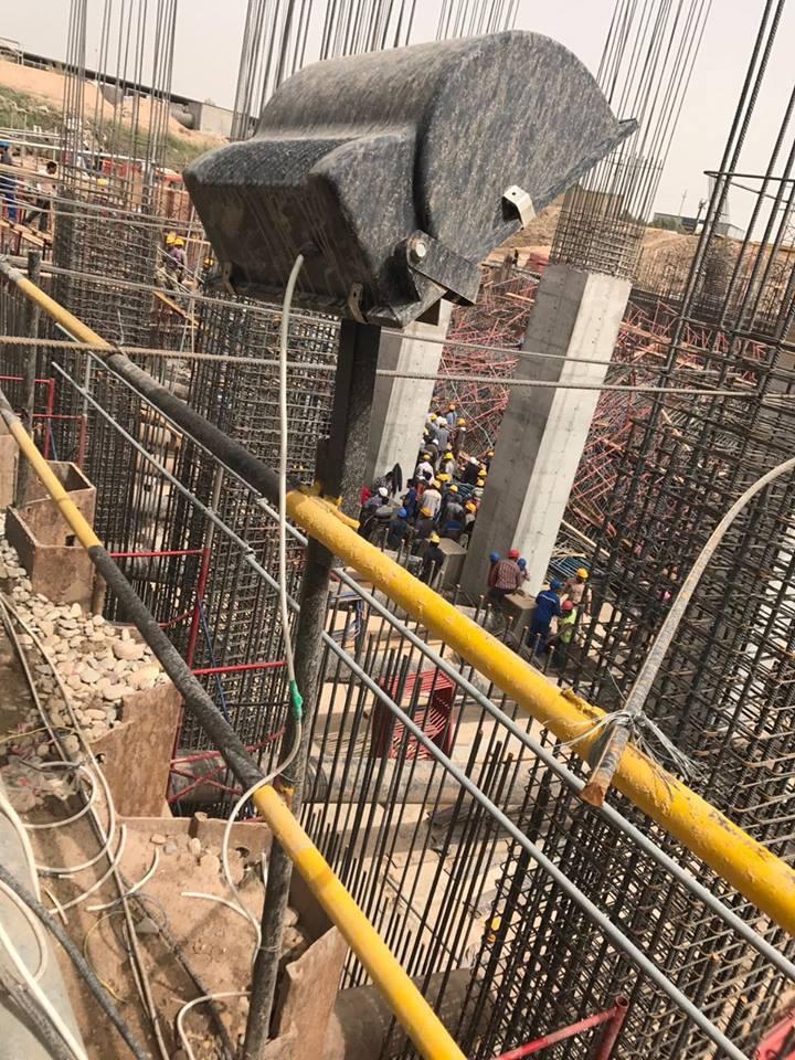(بالصور) اصابة 11 عاملا مصريا في انهيار لاحد المشاريع في محافظة البصرة