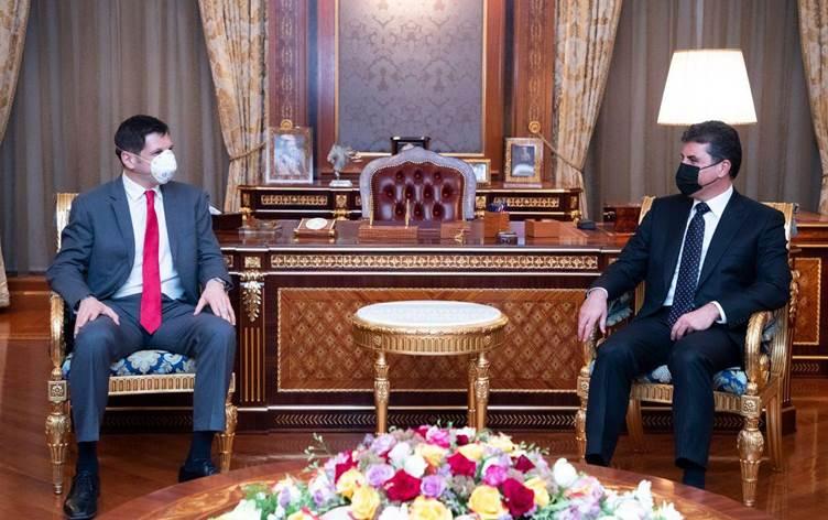 وفد اميركي رفيع يبحث مع البارزاني تداعيات الهجمات ضد البعثات الدبلوماسية في العراق