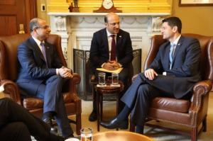 رئيس البرلمان يلتقي نظيره الأمريكي ويبحثان دعم العراق لمواجهة التحديات
