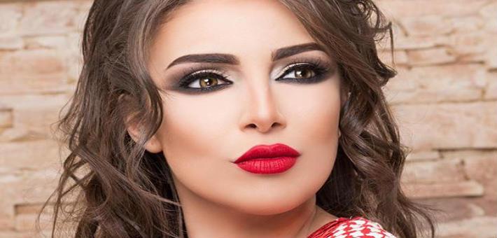 """11 معلومة عن نجمة """"مسرح مصر"""" إسراء عبد الفتاح"""
