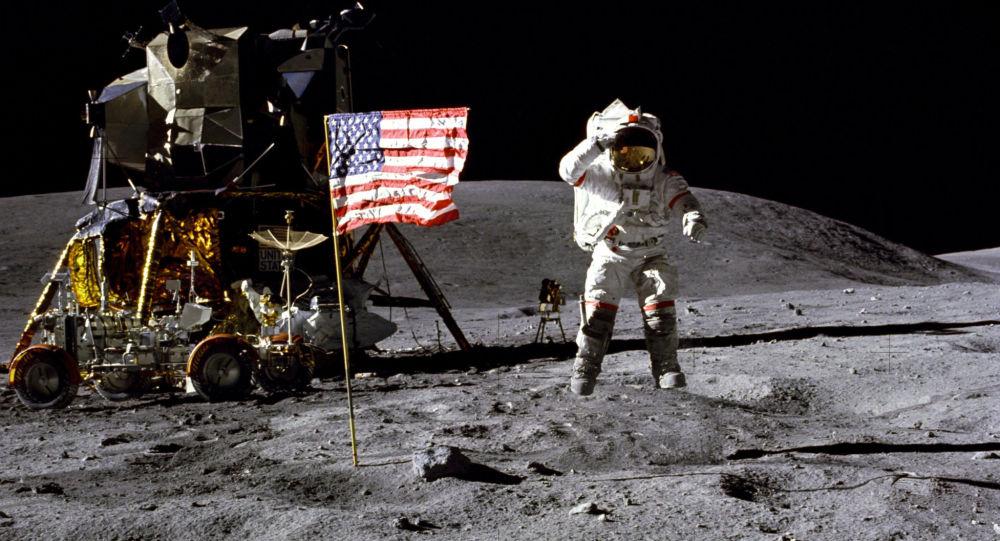 غوغل يحتفل بذكرى أول هبوط إنسان على سطح القمر