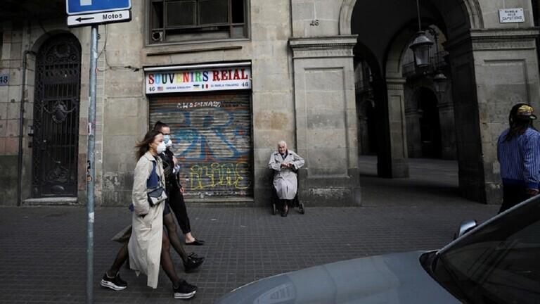 """الصحة الإسبانية: مدريد معرضة """"لخطر حقيقي"""" إن لم تشدد قيود العزل"""