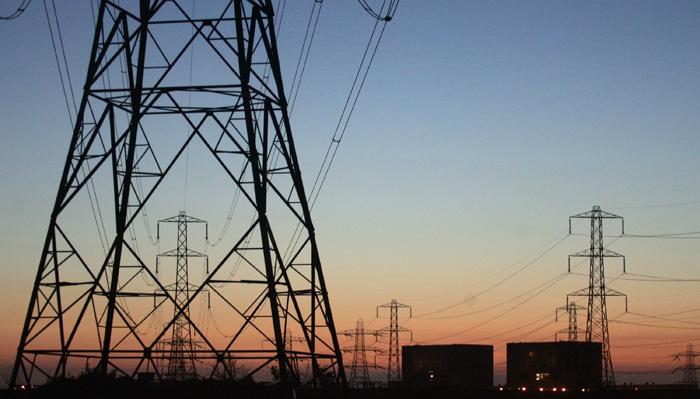 الكهرباء معلقة على القرار الاميركي: الاعتماد على ايران حل مؤقت