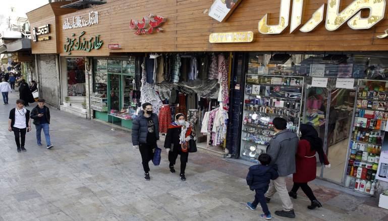 إيران تحظر السفر بين المدن وسط مخاوف من الموجة الثانية لكورونا