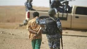 الديوانية: القبض على ثلاثة أشخاص بحوزتهم أسلحة واعتدة وحبوب مخدرة