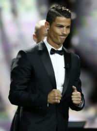 رونالدو يضع تشكيلة أفضل 11 لاعباً في العالم