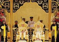 """"""" بالصور"""" هذا ما حصل في بروناي ... ذهب و ألماس في زفاف يحاكي الخيال للابن الأصغر لسلطان بروناي"""